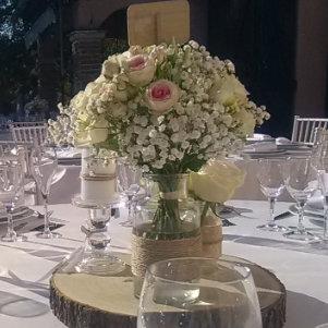 Image de bouquet mariage avec fleurs fraiches sur Lyon et dans le Beaujolais Loc'dunum