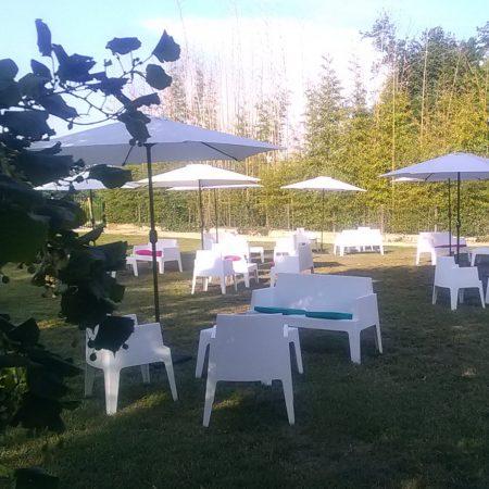 Image de Mobilier lounge pour événement privé ou professionnel sur Lyon et le Beaujolais Loc'dunum